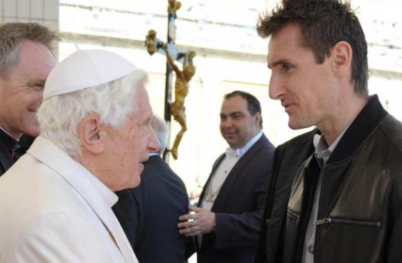 Photo : Klose va voir le pape