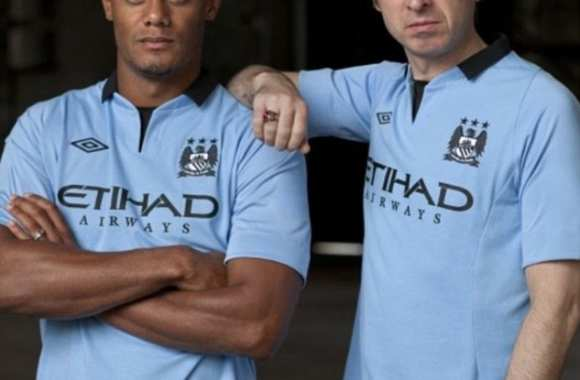 Photo : Kompany et Gallagher posent pour City