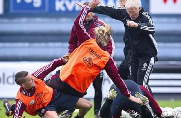 Photo: l'entraînement bizarre du Danemark