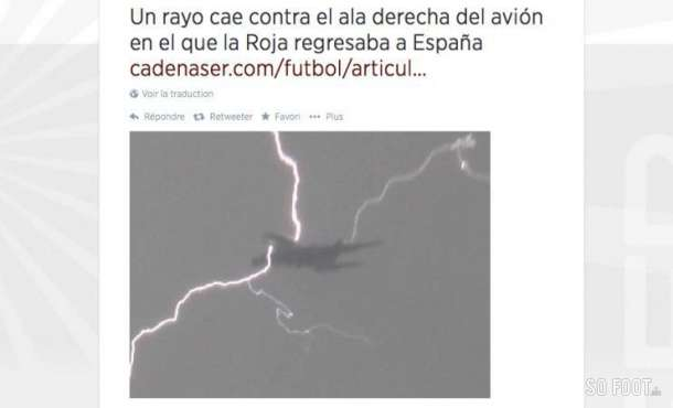 Spains plane hit by by lightning bolt on landing in Madrid this morning [Graphic]