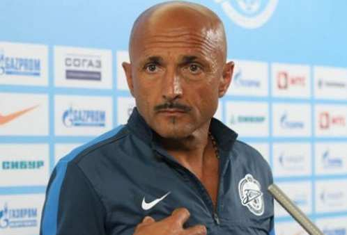 Photo : La moustache de Spalletti