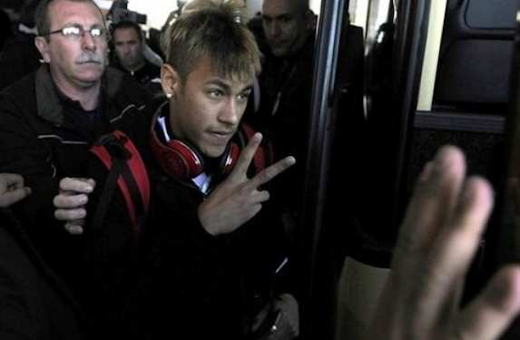 Photo : La nouvelle coupe de Neymar