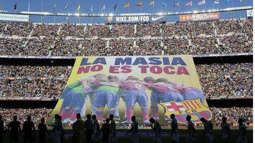 Photo : la réponse du Camp Nou à la FIFA