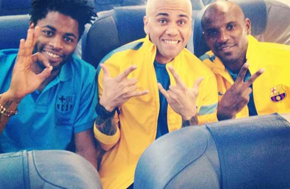 Photo: Le blond et les « niggas »