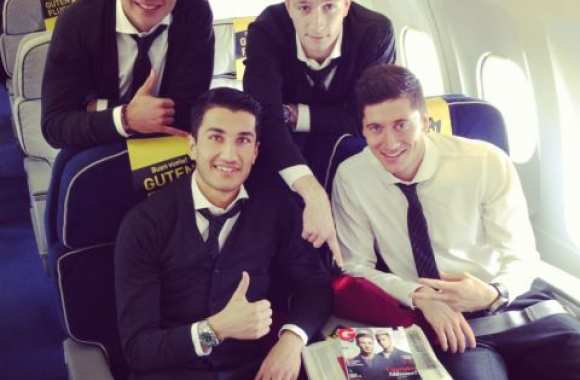 Photo: Le Borussia dans l'avion
