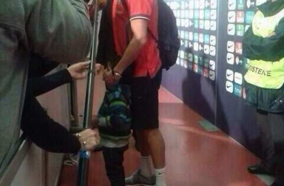 Photo : Le fils de Cristiano en zone mixte