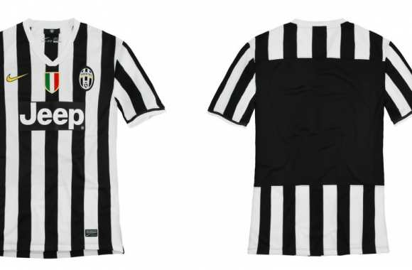 Photo: Le maillot de la Juve pour 2013/2014