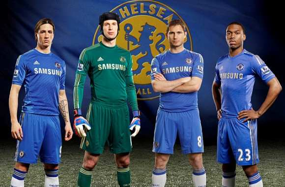 Photo : le maillot domicile de Chelsea 2013