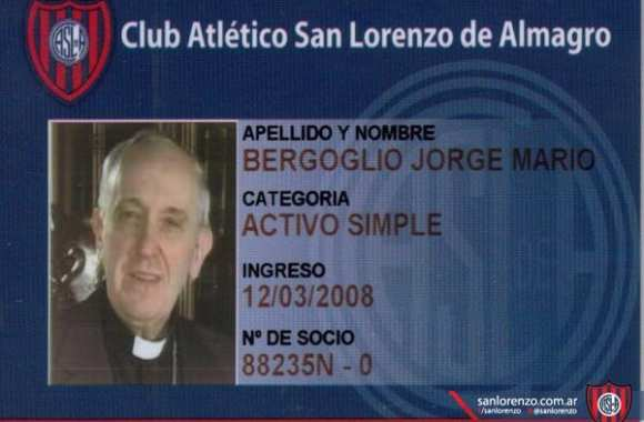 Photo : le pape, socio de San Lorenzo