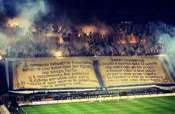 "Photo : Le tifo ""livre"" de l'Inter"