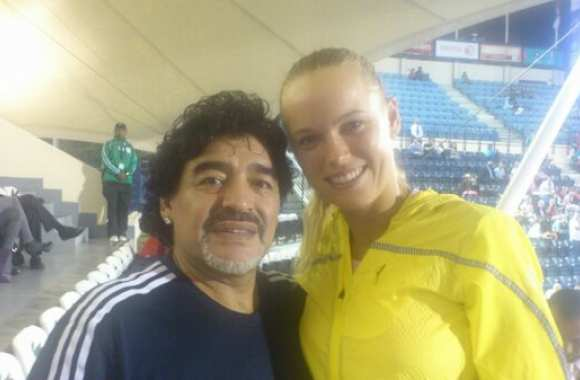 Photo: Maradona le playboy