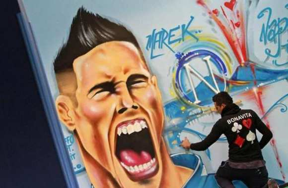 Photo: Marek Hamsik en graffiti