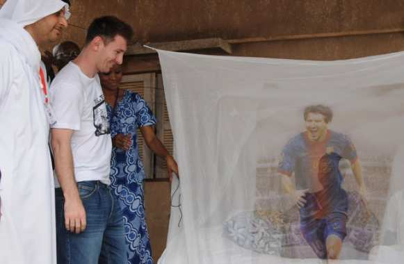 Photo : Messi lutte contre le palu