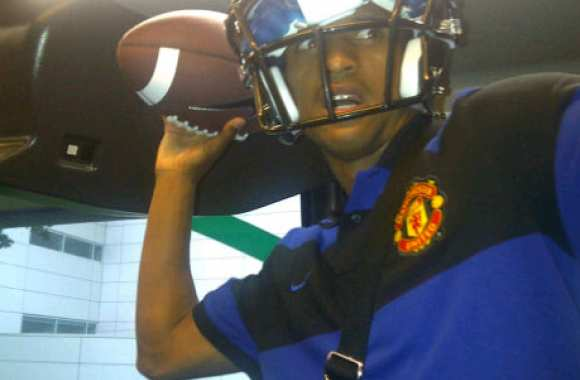 Photo : Nani, en mode NFL