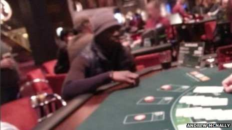 Photo : Papiss Cissé au casino