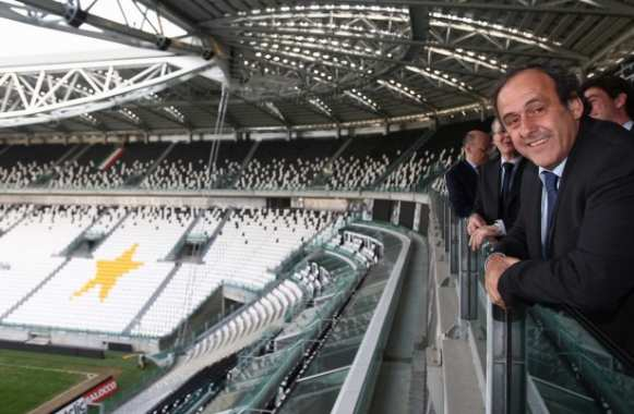Photo : Platini au Juventus Stadium