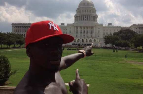 Photo: Sakho en mode touriste