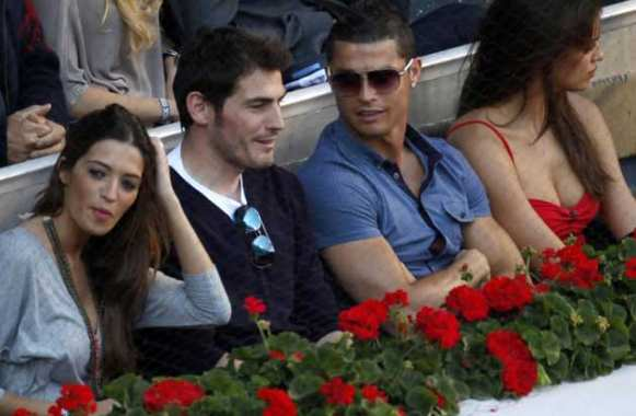 Photo : Sara, Iker, Cristiano et Irina
