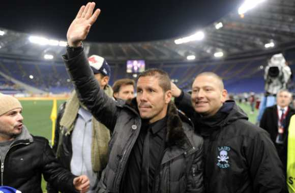 Photo : Simeone sous la Curva Nord