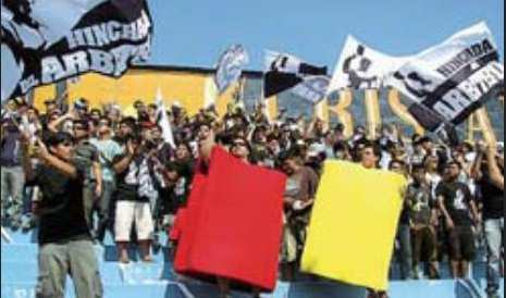 Photo : Supporters pro-arbitre