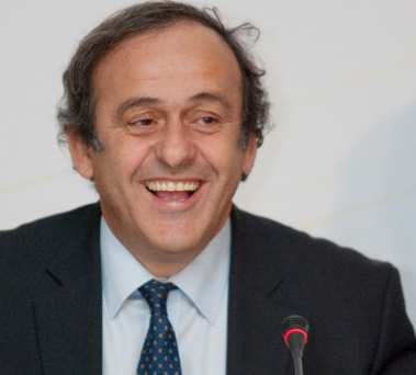 Platini poursuit l'aventure