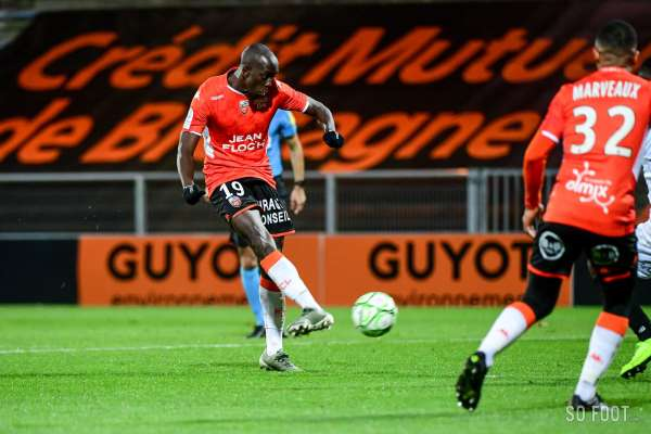 Pronostic Rodez Lorient : Analyse, prono et cotes du match de Ligue 2
