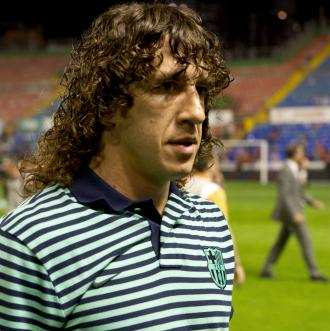 Puyol absent 3 mois