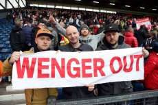 Quand des supporters d'Arsenal se battent entre eux