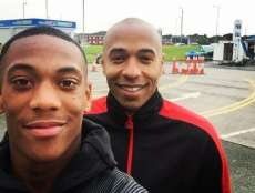 Quand Manchester United charrie Thierry Henry