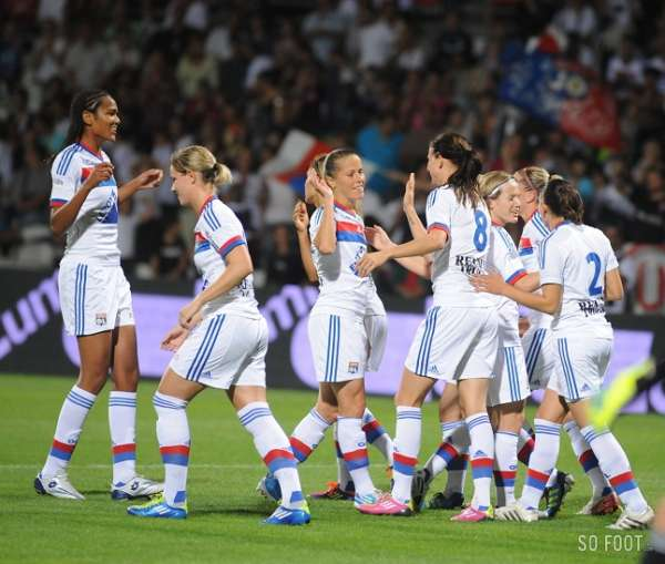 Record d affluence pour du foot f minin coupes d 39 europe - Coupe europe foot feminin ...
