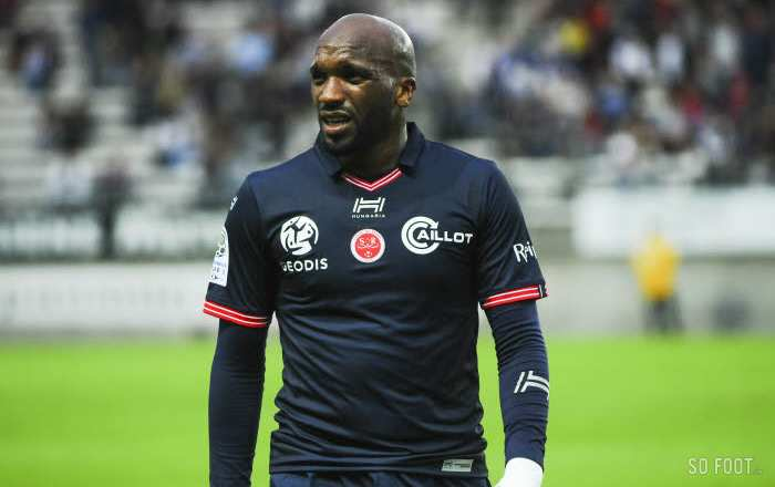 Reims enfonce le Red Star