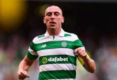 Retraite internationale pour Scott Brown