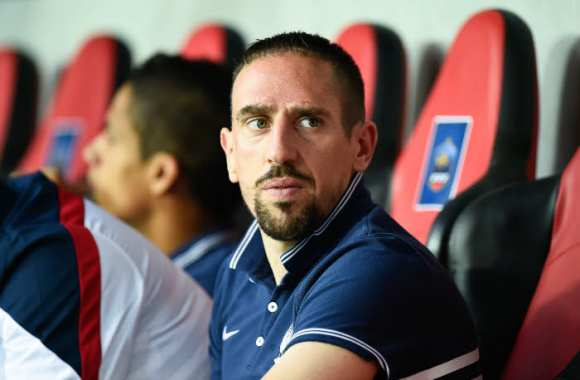 Ribéry porte plainte contre Closer