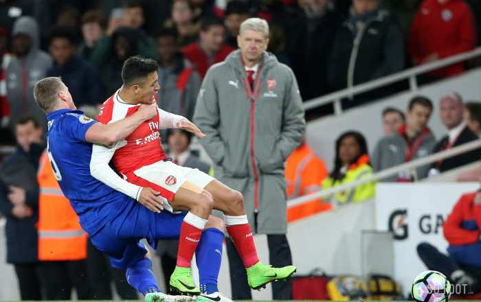Robert Huth taille Alexis Sánchez