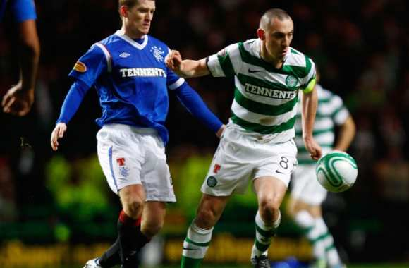 Scott Brown (Celtic) contre Steven Davis (Rangers)
