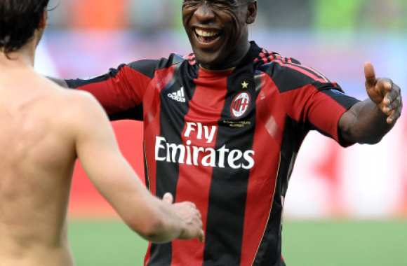 Seedorf prolonge