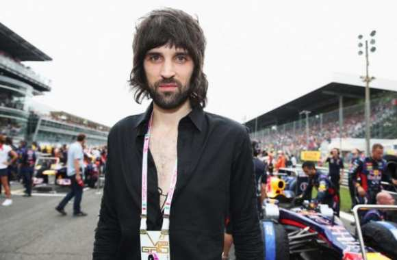 Serge Pizzorno, renard des surfaces de Kasabian