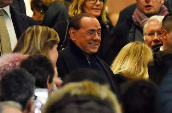 Silvio « Batman » Berlusconi