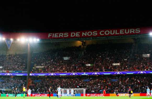 Six supporters du PSG interpellés