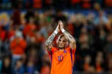 Sneijder met un terme à sa carrière internationale