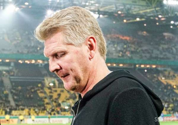 stefan effenberg vir de paderborn allemagne. Black Bedroom Furniture Sets. Home Design Ideas