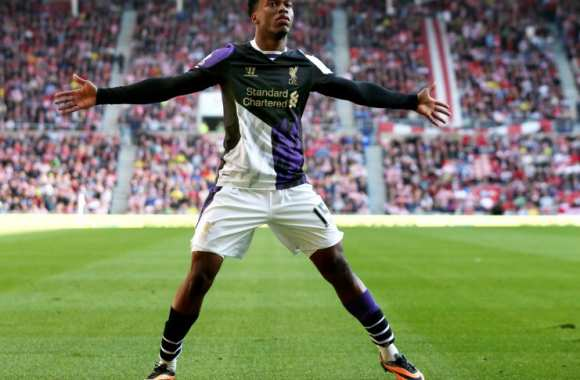 Sturridge la célébration de but en solo