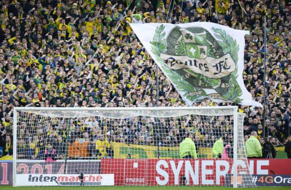 Supporters, boycott et poursuites