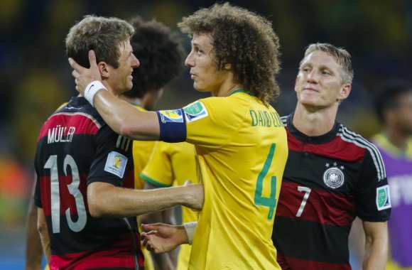Thomas Müller et David Luiz