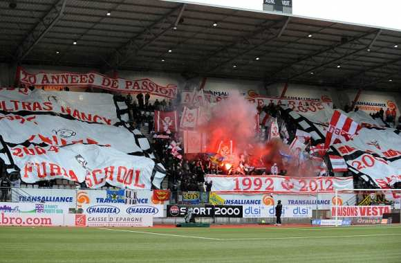 Tifo de supporters nancéiens lors de la réception de Bordeaux en 2012