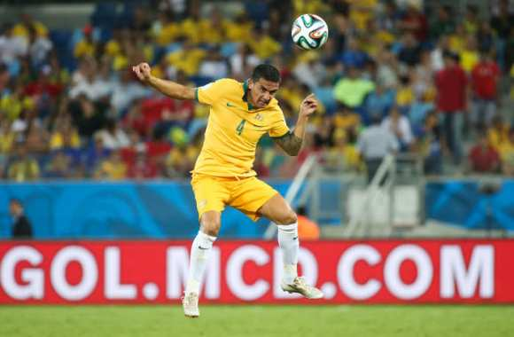 Tim Cahill apprend et positive