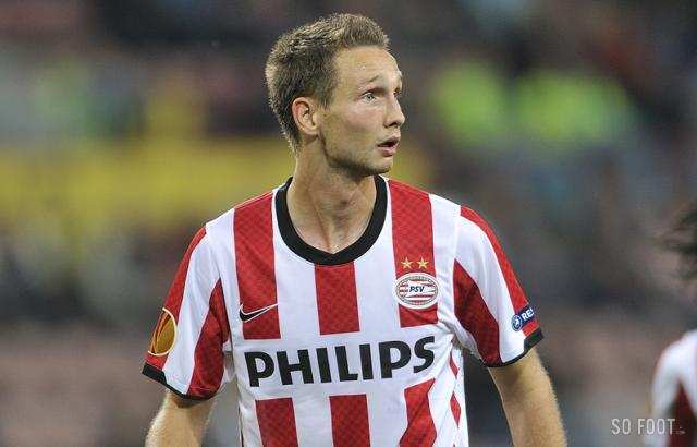 "<strong class=""highlight-text"">Tim Matavz</strong>  (PSV Eindhoven)"