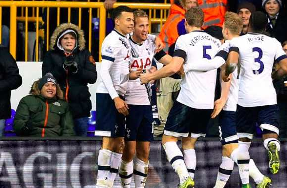 Tottenham arrache le replay