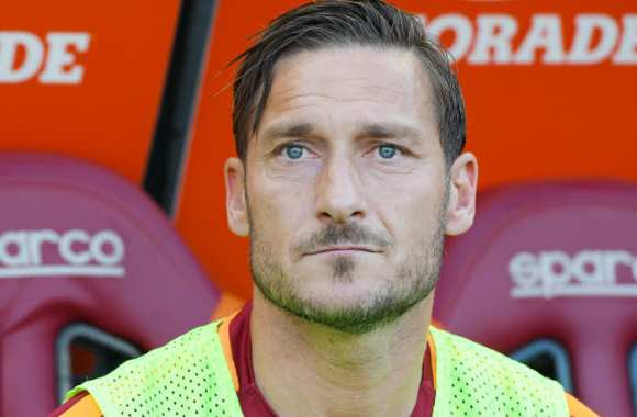 Serie A: Francesco Totti prend officiellement sa retraite