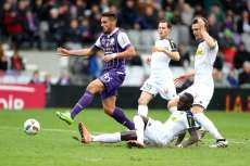 Toulouse tabasse Angers